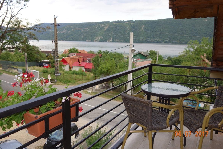 Vedere de pe balcon