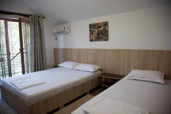 camera cu pat pentru copii